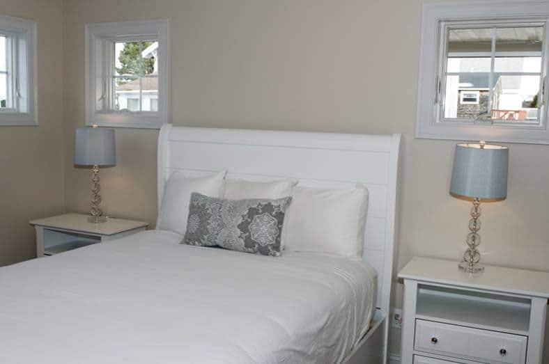 Atlantic_beach_house_bedroom1